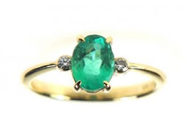 Oval Emerald with Diamond Ring